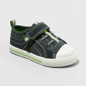 NWT boys Cat & Jack Wilburn cap toe sneakers